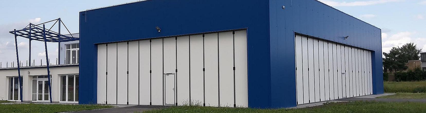 Hangárová vrata